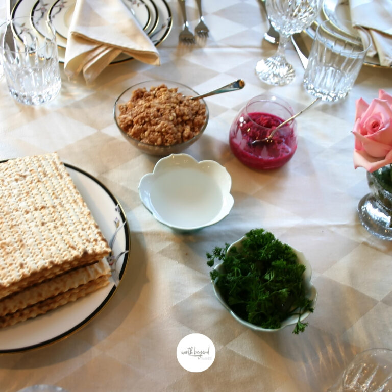 Messianic Passover Seder – Learning the Elements of the Seder for Believers