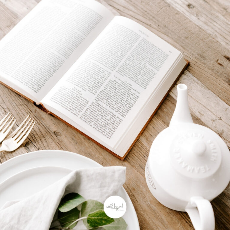 Guide on How to Choose the Best Journaling Bible For You (For 2021)