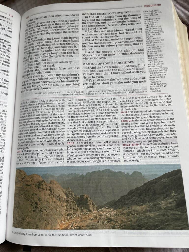 Image from page in Holman KJV Study Bible